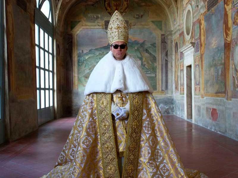 Рецензия на сериал Молодой Папа