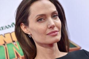 Анджелина Джоли собирается выйти замуж в четвертый раз